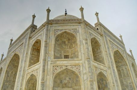 Ladakh 2015 - Taj Mahal exterior, changing colours in the marble