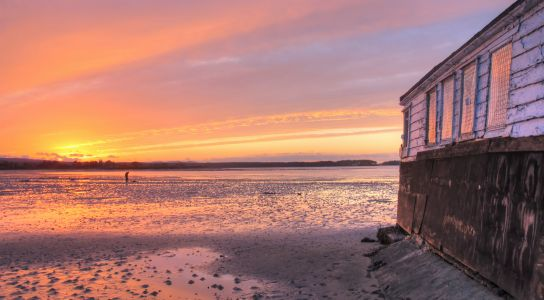 Sunset on the the Shell Bay house boats1