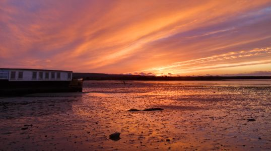 Sunset on the the Shell Bay house boats 3