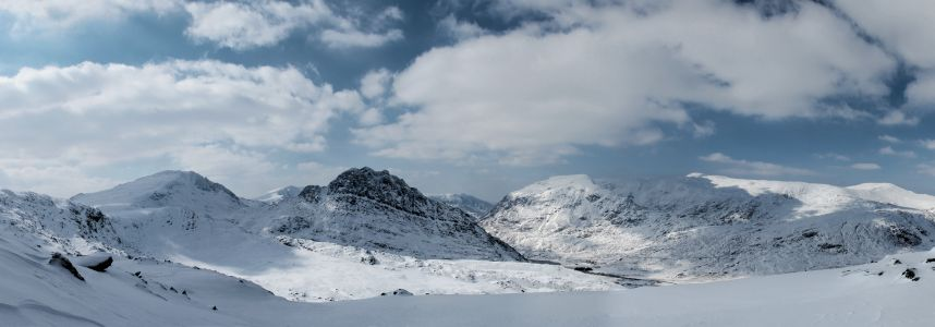 Ogwen valley in full winter conditions