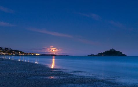 Mounts Bay Moon