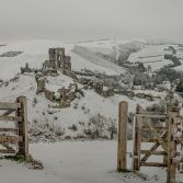 Winters Gateway to Corfe Castle
