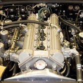 Straight 6 cylinder engine